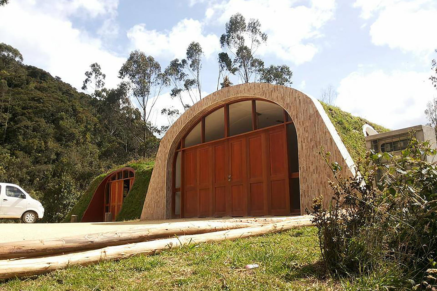 green magic homes are prefab houses covered in plants 009