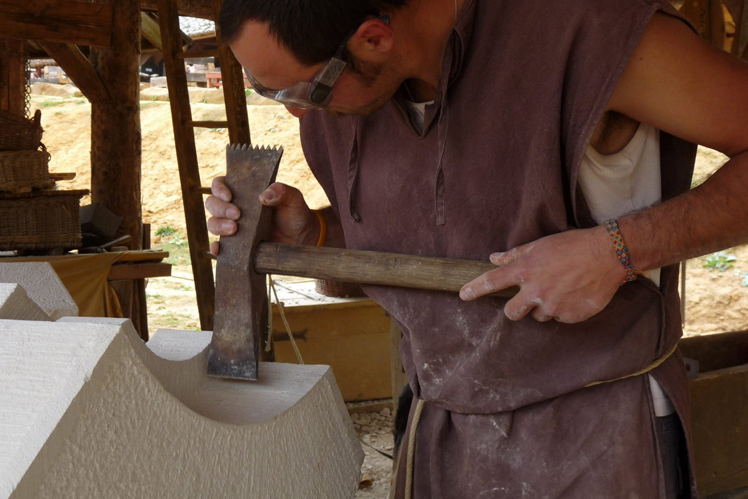 the guedelon castle is being built with 13th century techniques gu  delon 0037