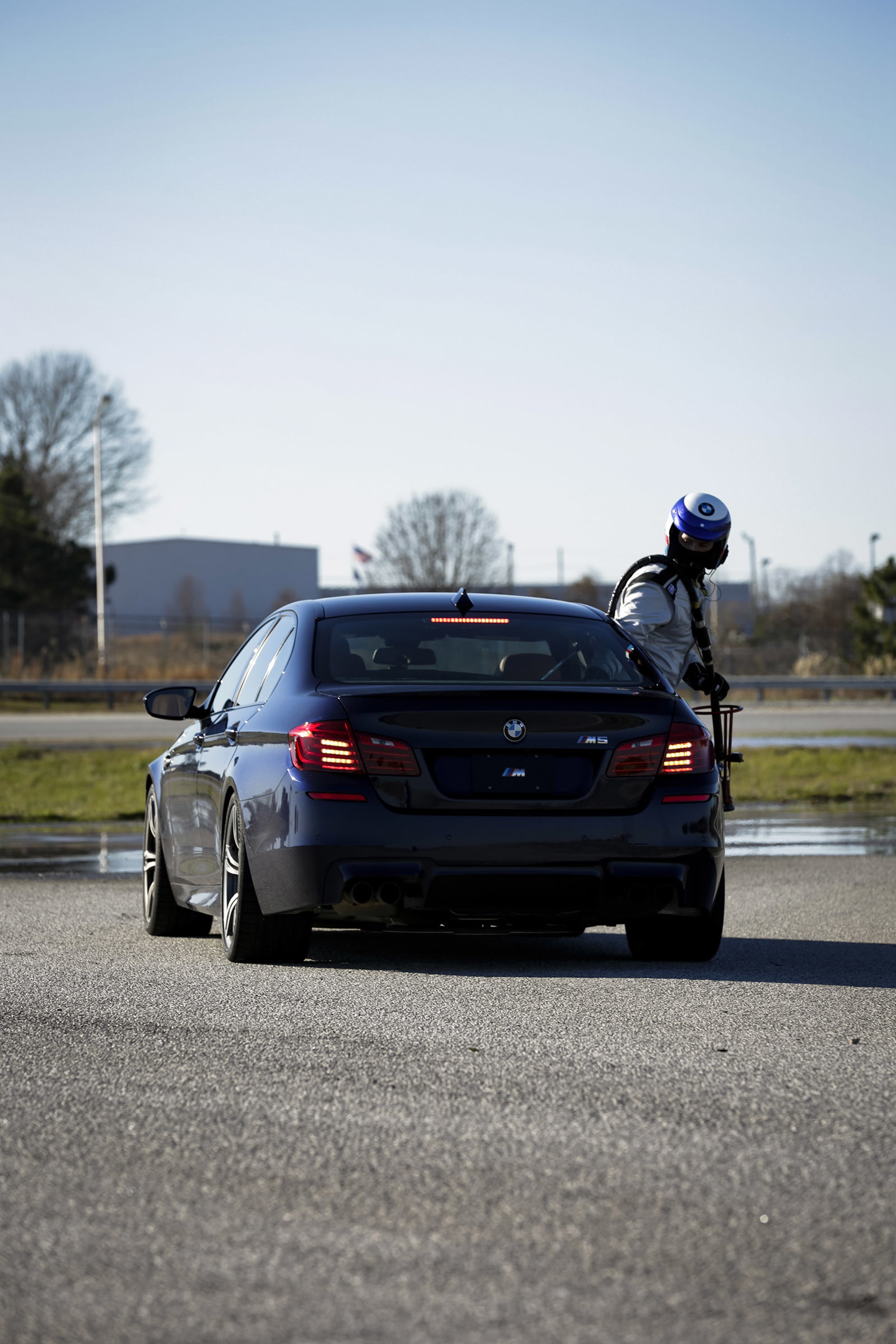 bmw sets two guinness world records drifting sideways for 2325 miles record  longest drift with 2018 m5 1