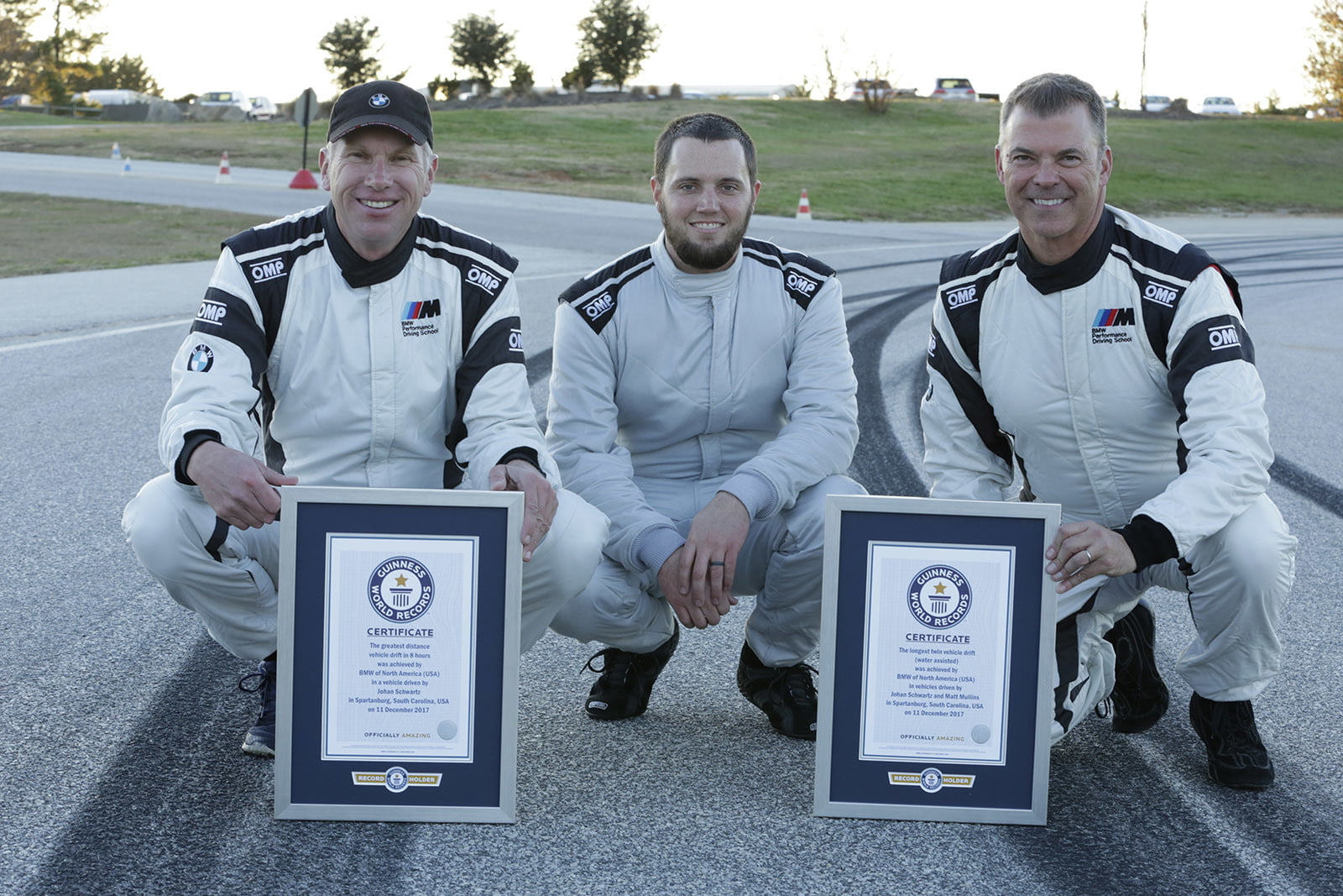 bmw sets two guinness world records drifting sideways for 2325 miles record  longest drift with 2018 m5 15