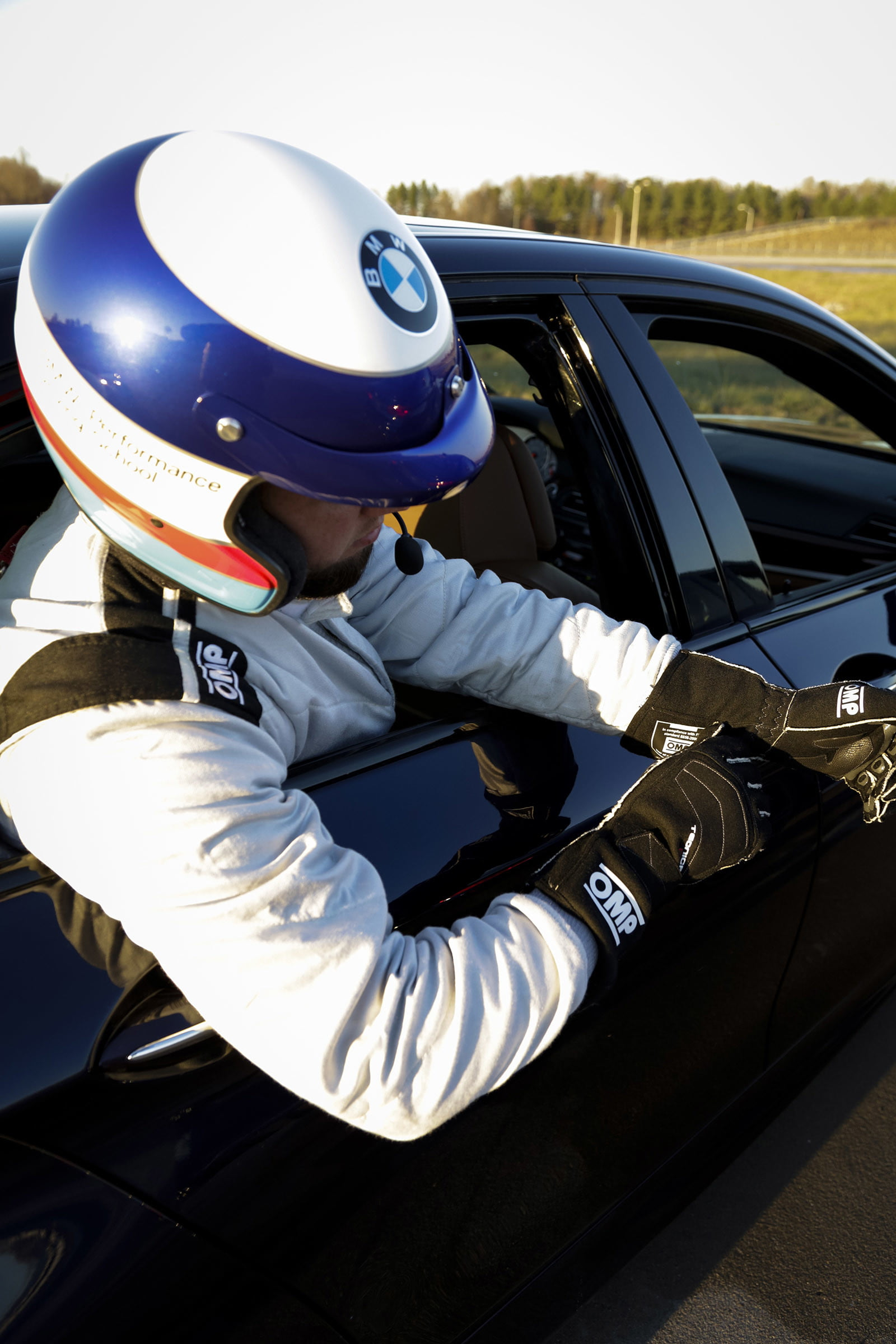 bmw sets two guinness world records drifting sideways for 2325 miles record  longest drift with 2018 m5 18