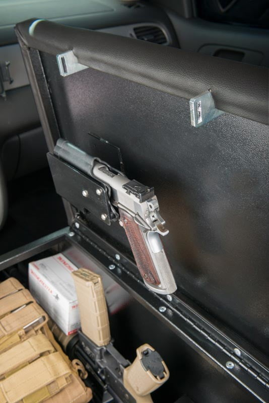 couchbunker bullet resistant sofa gun safe heracles research corporation consolebunker 0010