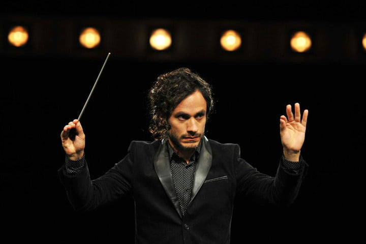 amazon prime video standalone monthly subscription holding mozart in the jungle gael garcia bernal