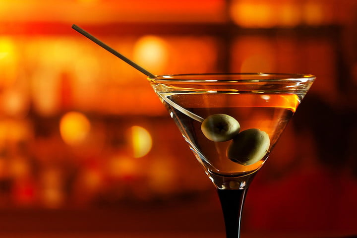 home bar essentials for beginners and pros guide