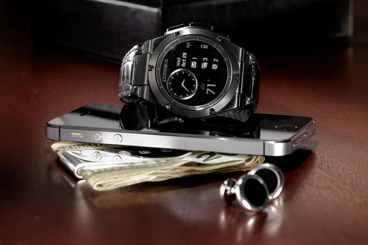 HP-MB-Chronowing-on-wallet