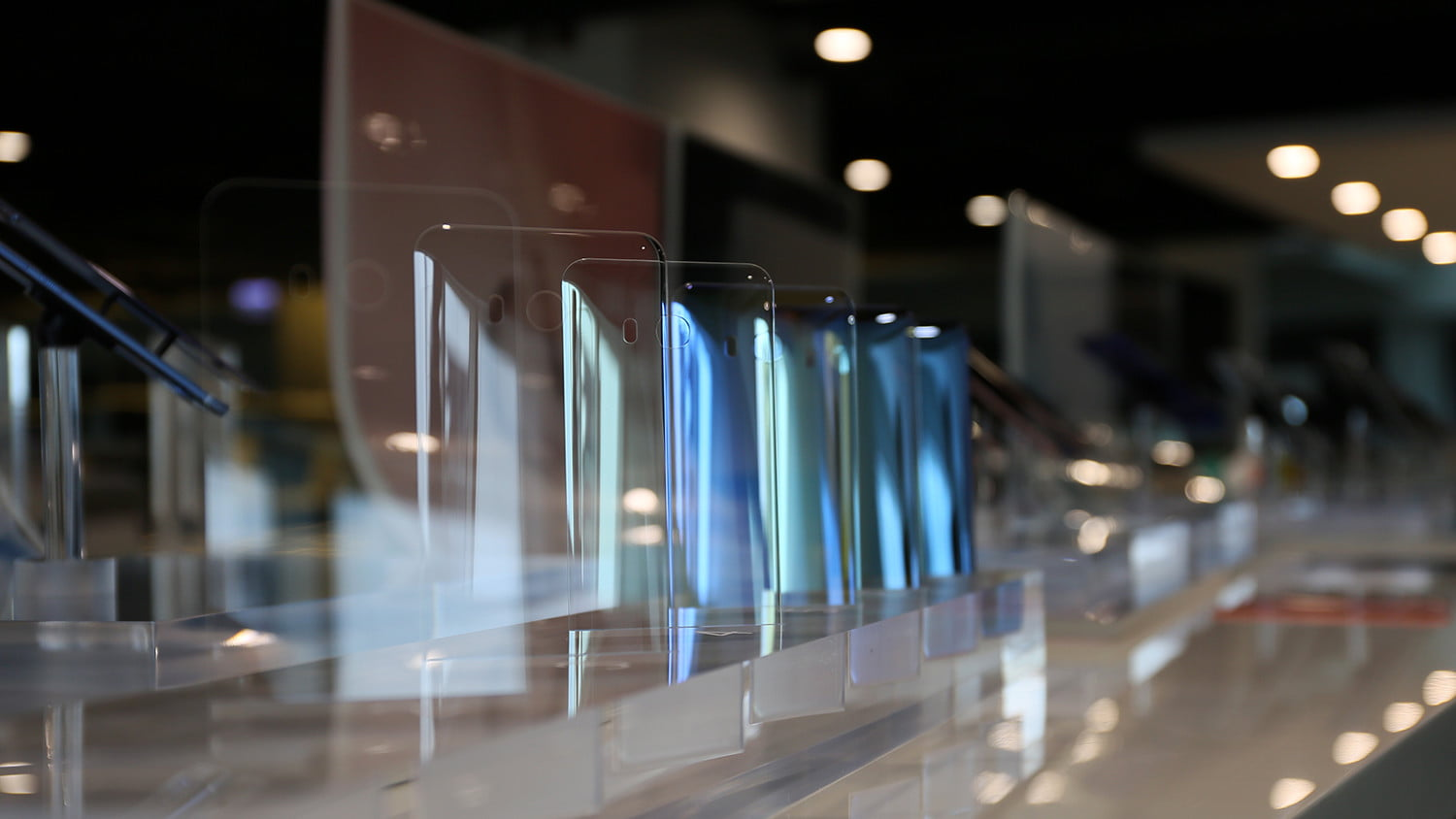 how htc builds its smartphones a tour in taiwan designstu 2