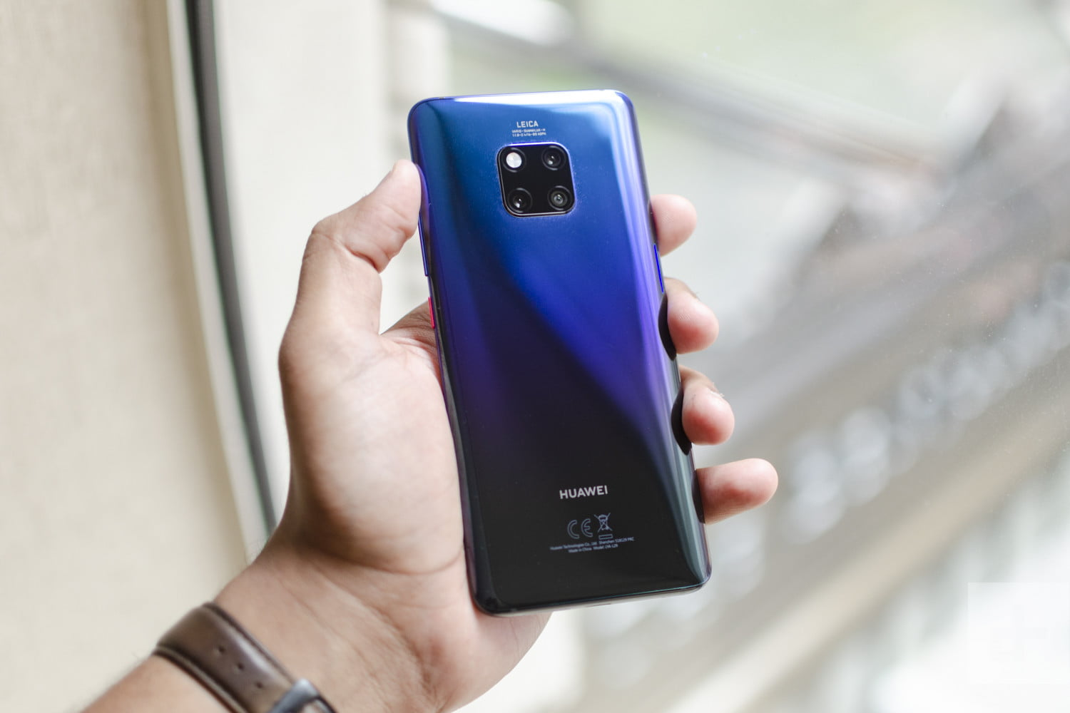 The Best Huawei Mate 20 Pro Cases and Covers | Digital Trends