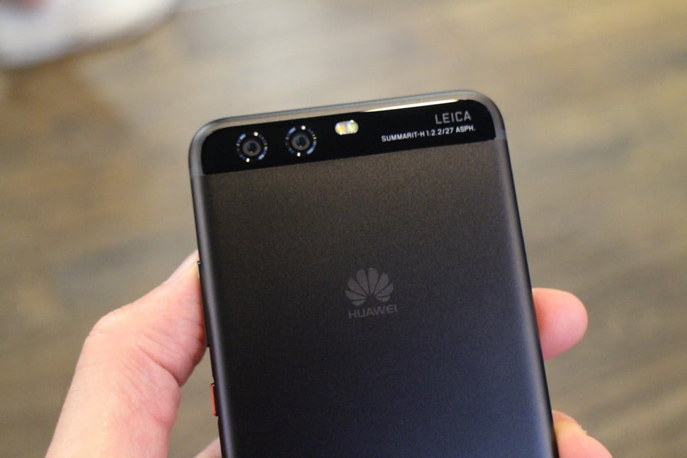 samsung huawei patent dispute news p10 our first take ab 0003 970x647 c