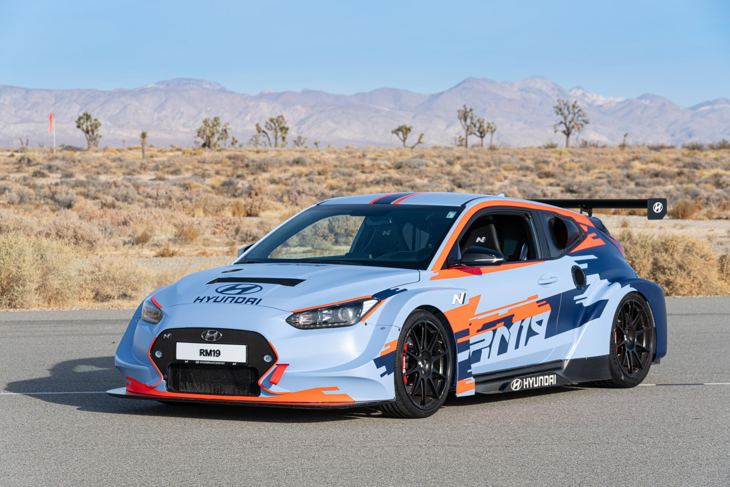 mid engined hyundai rm19 hot hatch unveiled at los angeles auto show 5