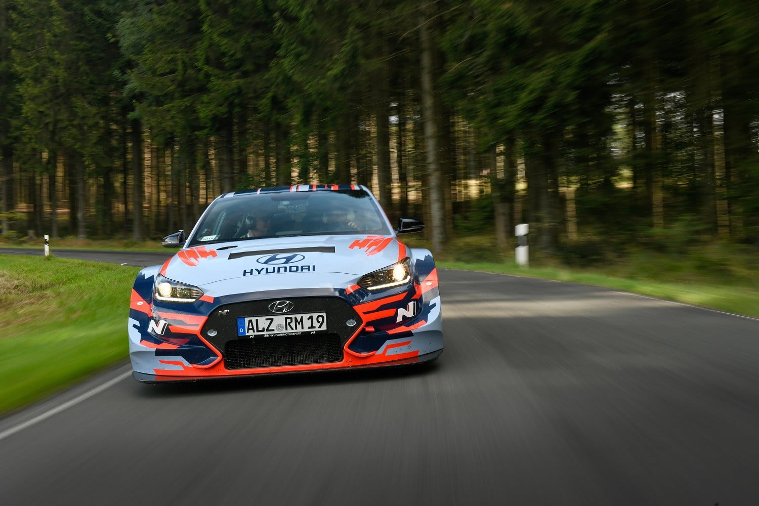 mid engined hyundai rm19 hot hatch unveiled at los angeles auto show ring 2