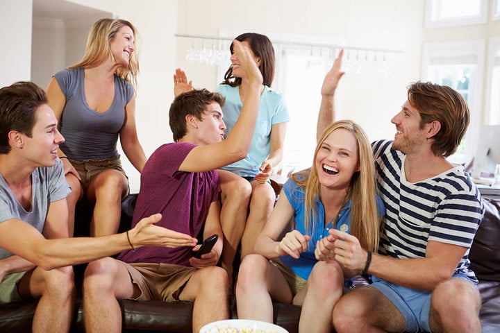 why smart tv isnt antisocial if you hate re doing it wrong