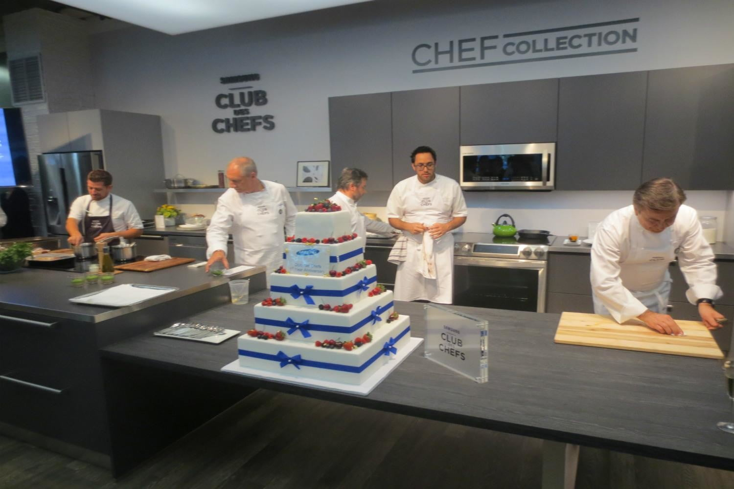 samsung teams top notch chefs celebrate launch new home gear img 0787