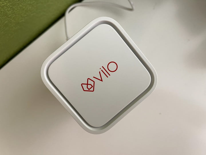 Vilo's prominent logo is found at the top of the router.