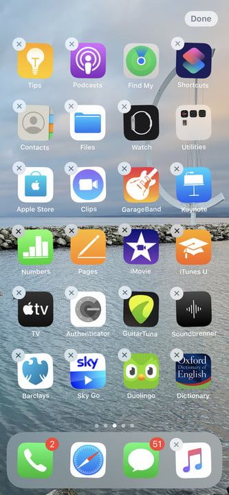 iPhone edit the home screen mode by selecting apps.