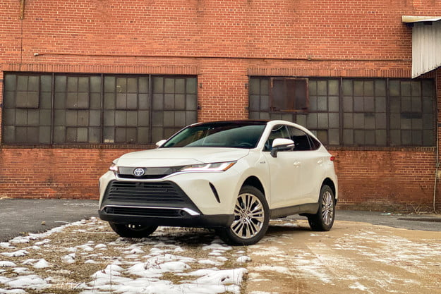 2021 toyota venza review front
