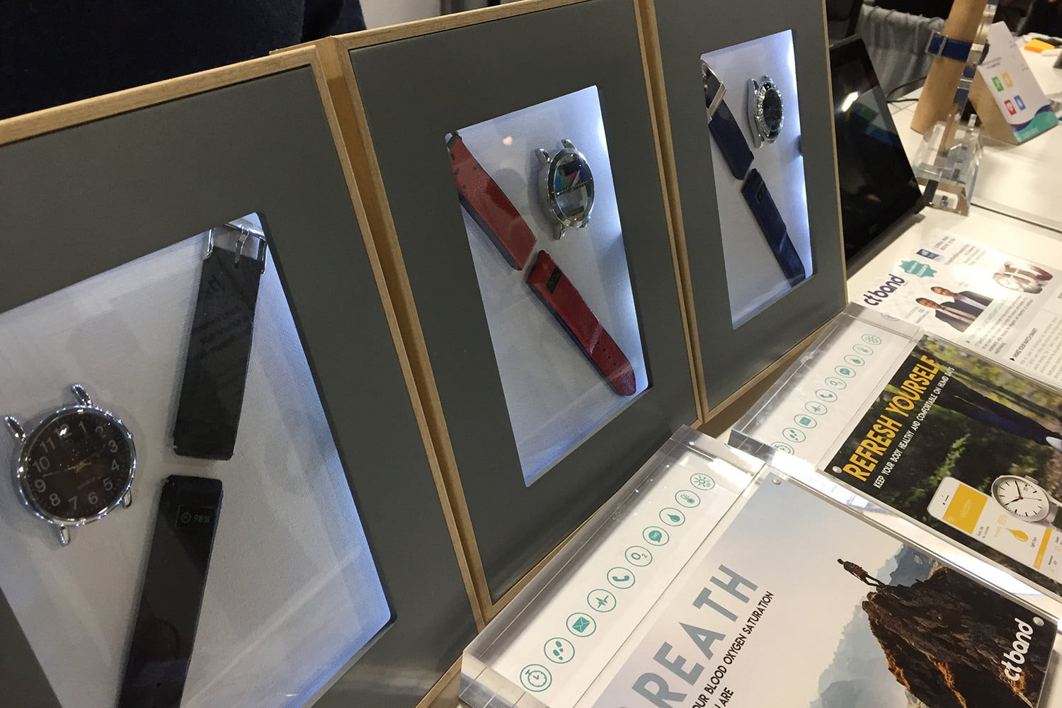 ct band smart watch ces 2017 img 6043