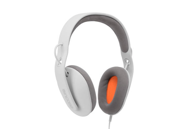 incase-sonic-headphones-review-front-angle