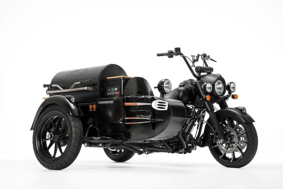 roland sands moto beach classic 2019 prevails with sound surf and hooligan races indian traegger grill sidecar  1