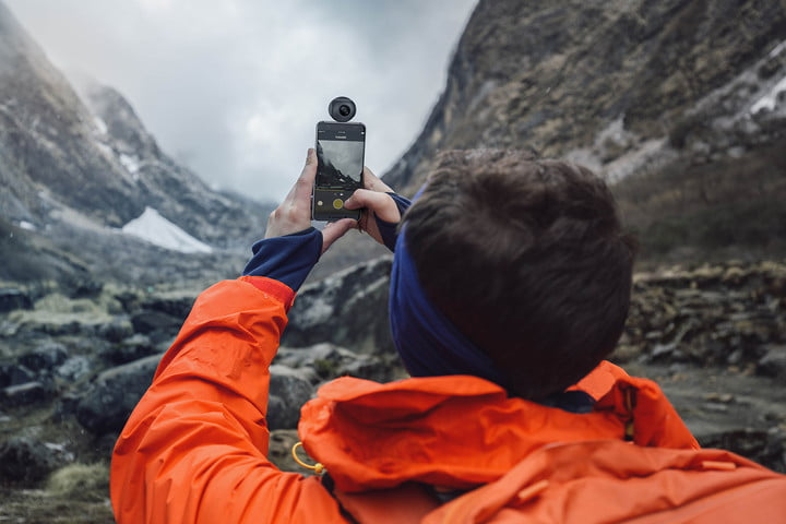 insta360 air available  lifestyle pic mountains