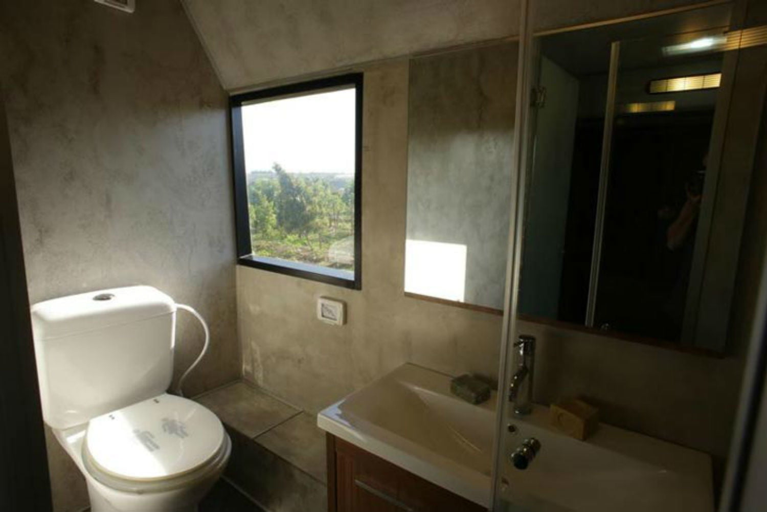 coolest bus to mobile home conversions israelibathroom