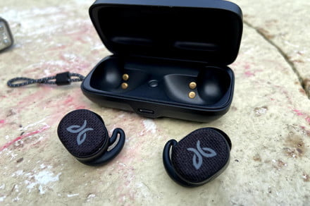 <p>Jaybird Vista Two review: Athletic earbuds to Get military-grade workouts thumbnail