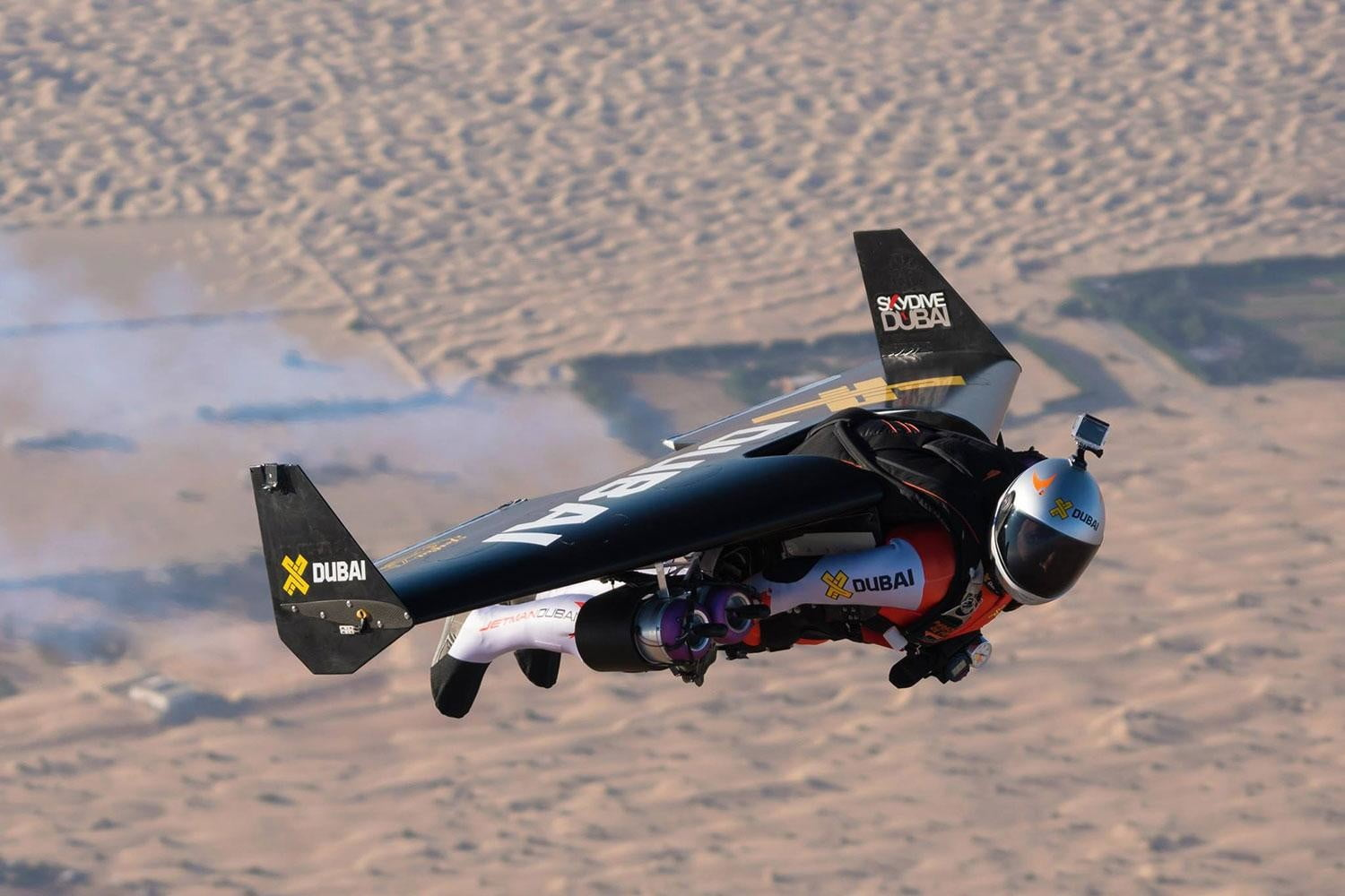 Jetman Dubai in flight side 2