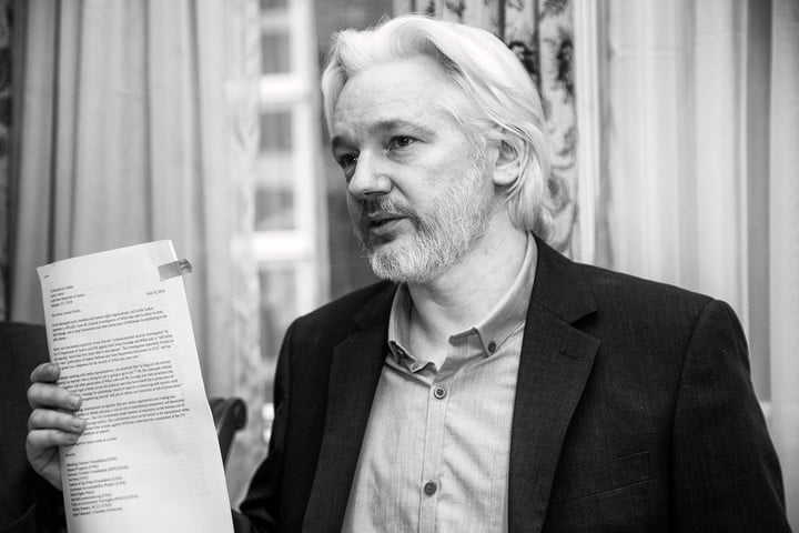 wikileads hits snags in working with companies on fixing cia hacks julian assange wikileaks v2