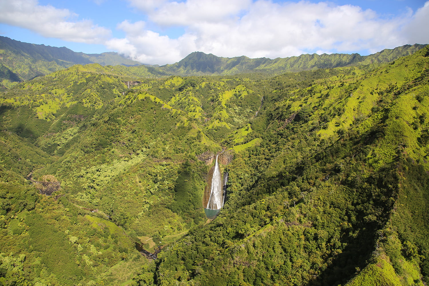 10 famous movie locations you can actually visit jurassic park kauai hawaii 3