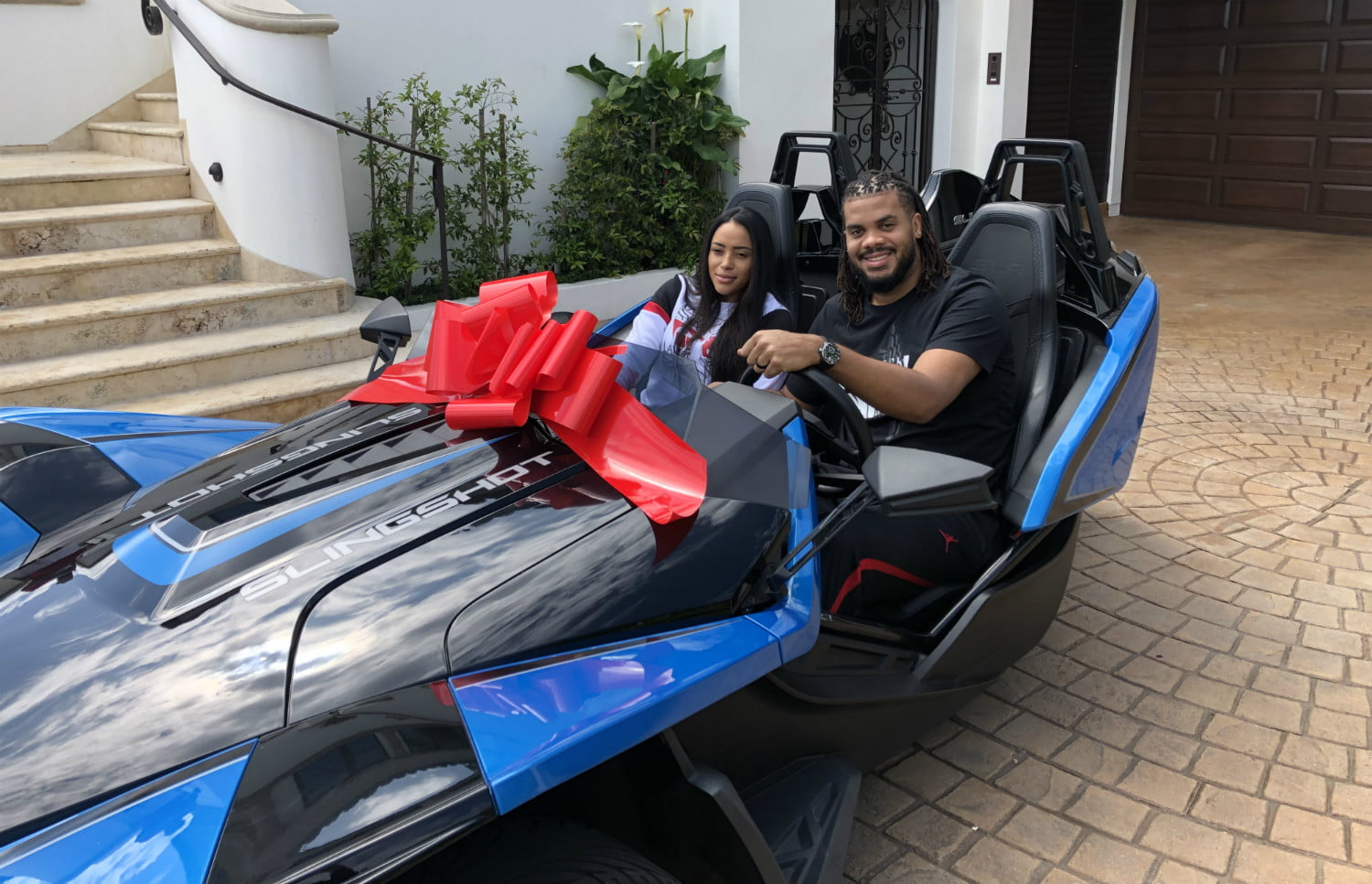 dodgers pitcher kenley jansen gave wife gianni polaris slingshot for mothers day and hansen 03