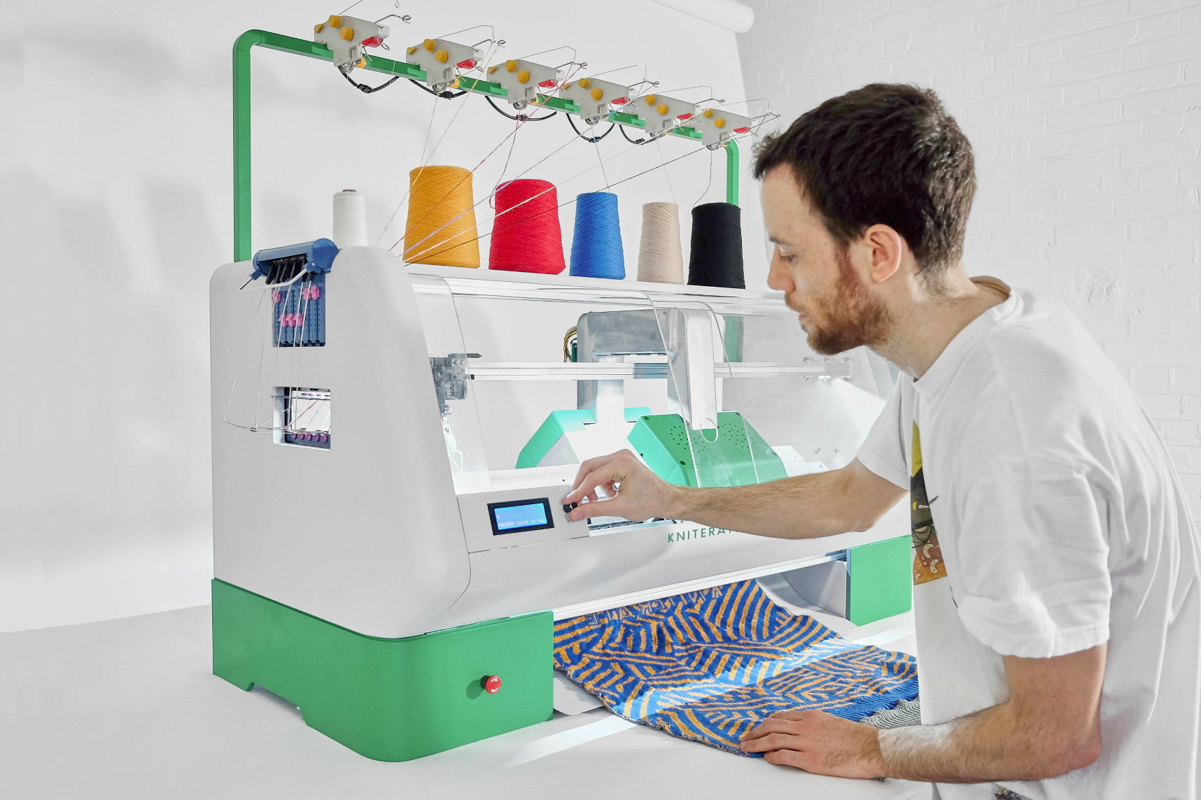 awesome tech you cant buy yet wiivv cora kniterate4