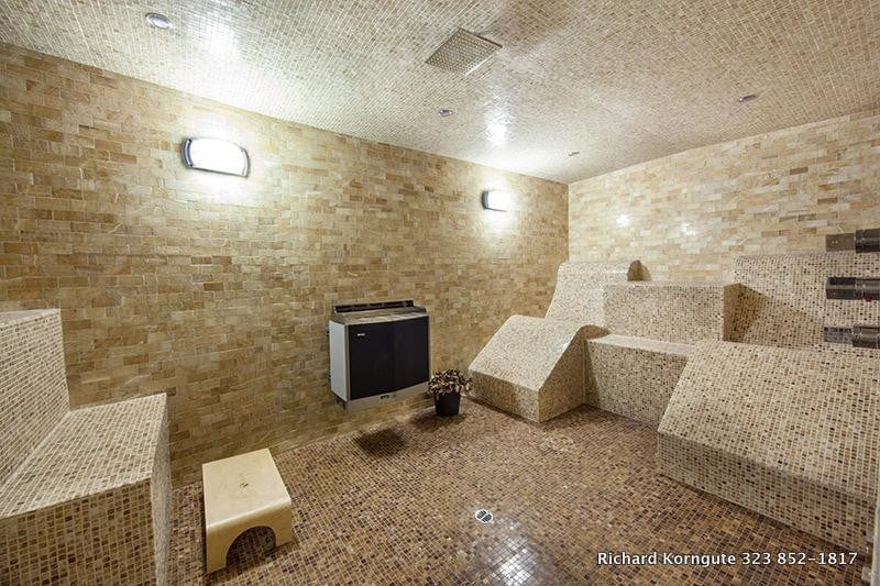 homes with their own shark tanks kodevco canal house 15 img med
