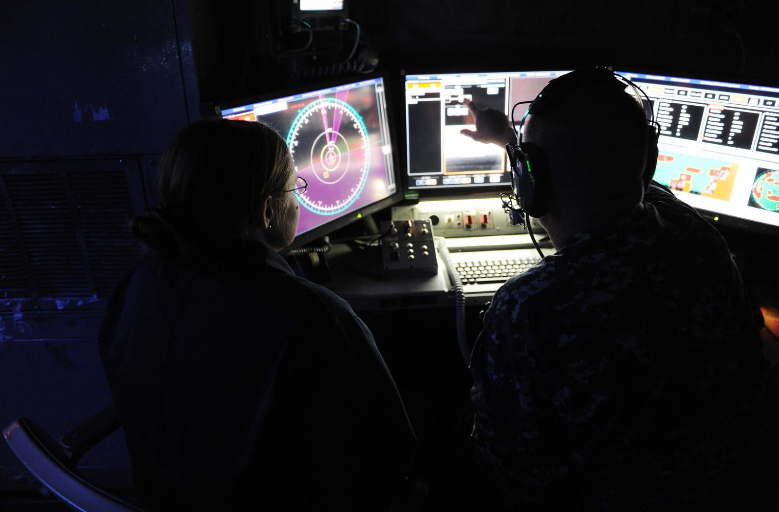 navy tests laser weapon system uss ponce laws 3