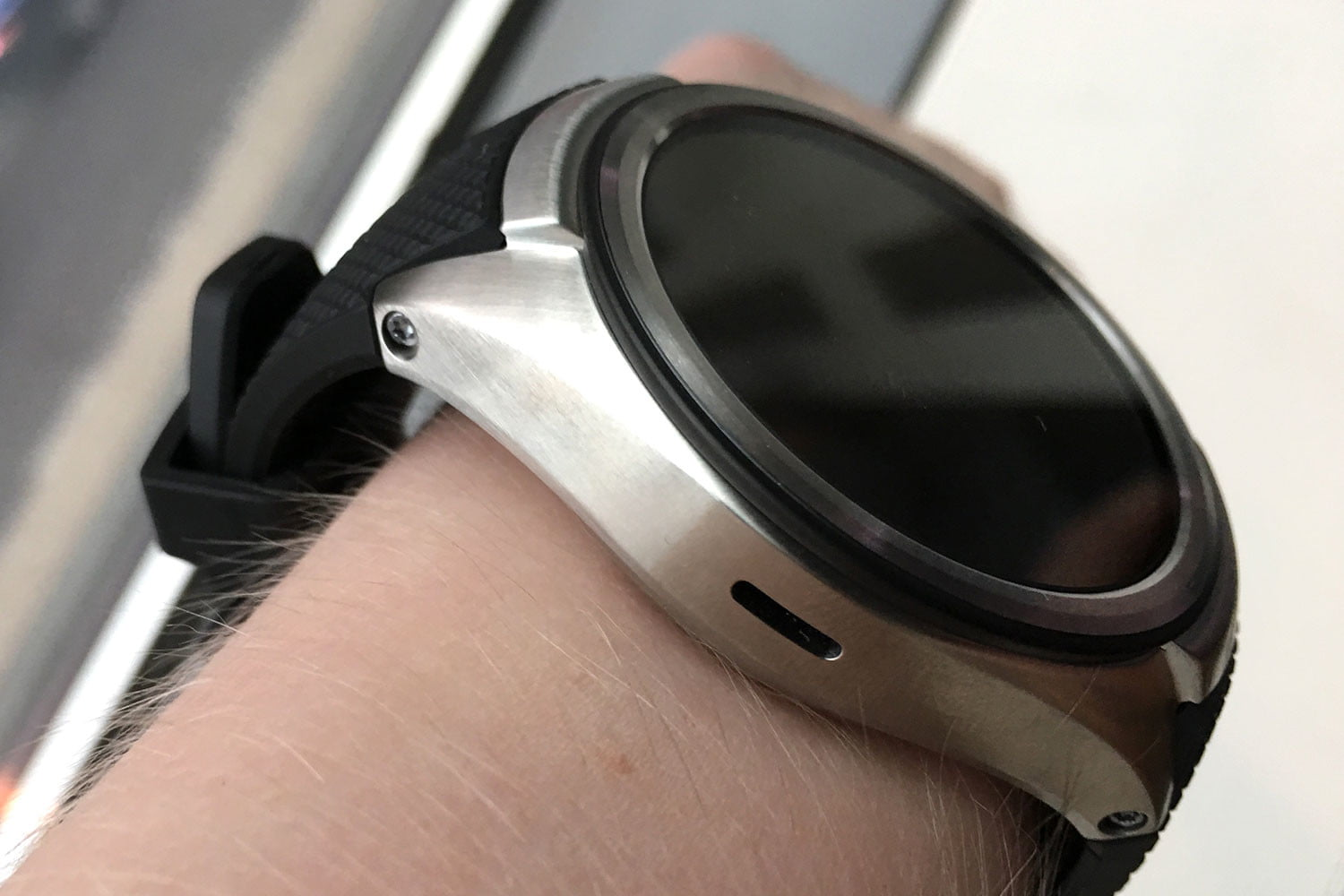 lg watch urbane 4g lte 2nd generation news  features pictures hands on