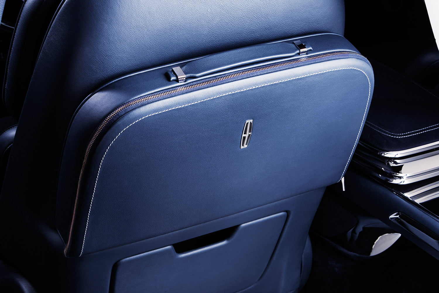 top 5 concept cars of 2015 opinion pictures specs lincolncontinentalconcept 09 detail travelcase