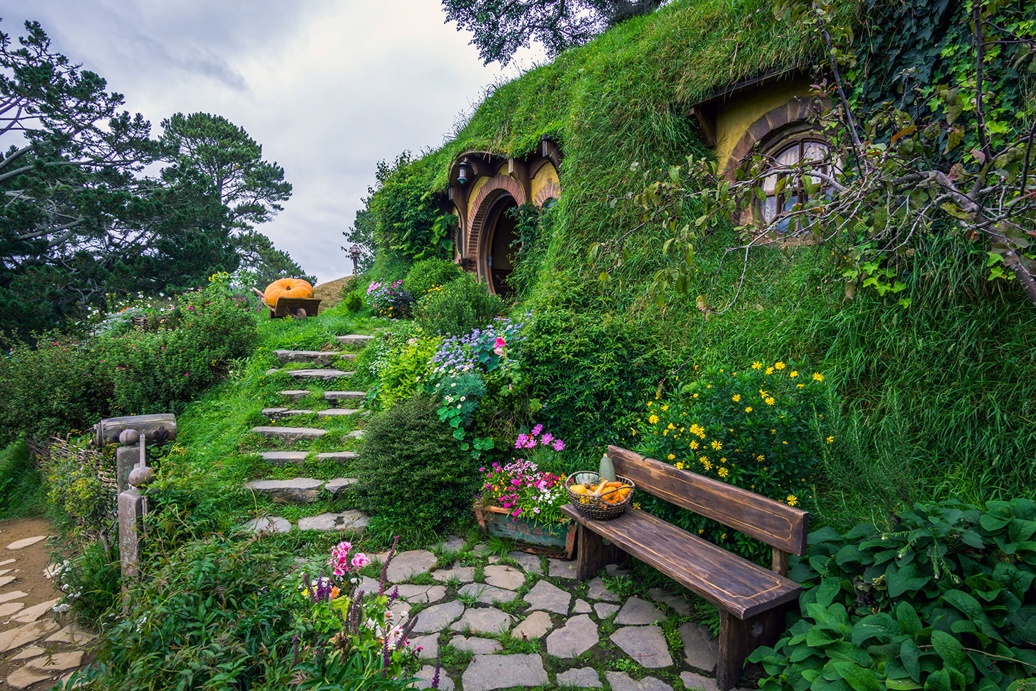 10 famous movie locations you can actually visit lord of the rings new zealand 5