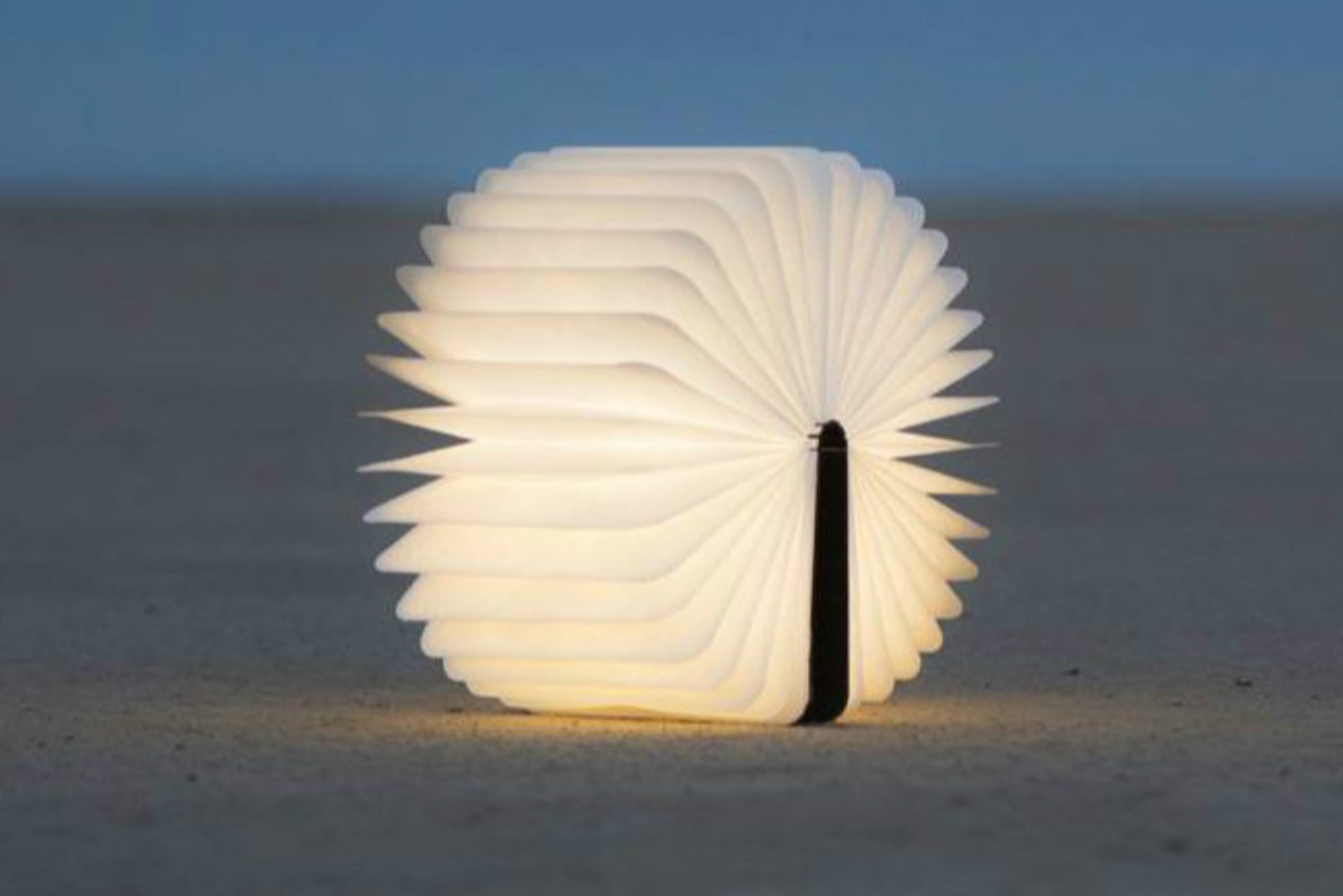 photos of amazing lamps and lights lumio 4