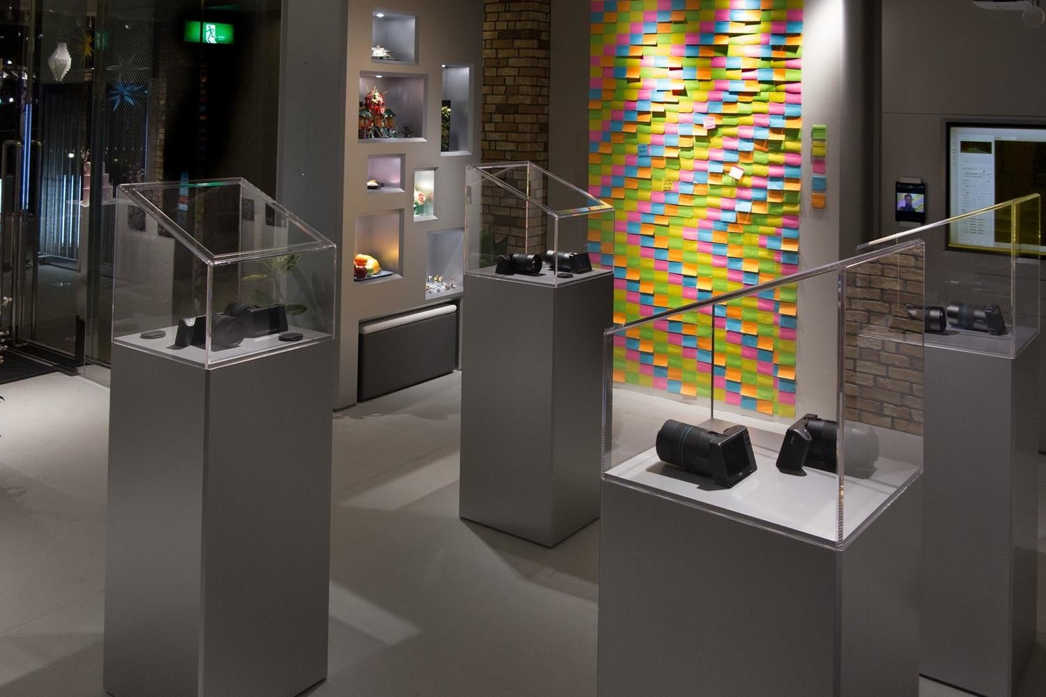 lytro opens tokyo storefront as light field experience center store 4