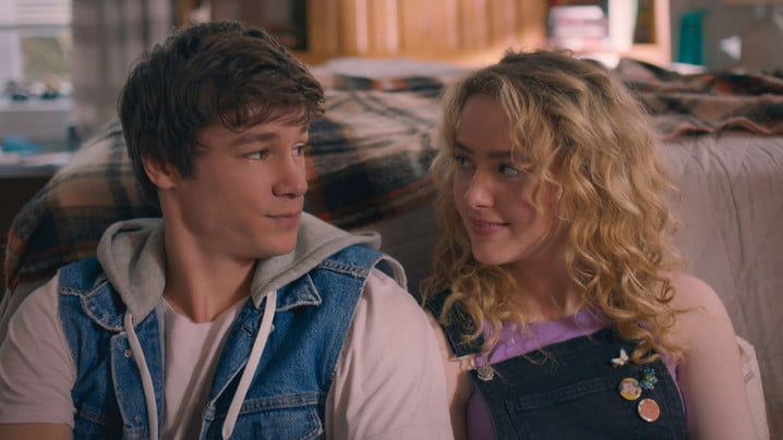 Kyle Allen and Kathryn Newton in The Map of Tiny Perfect Things