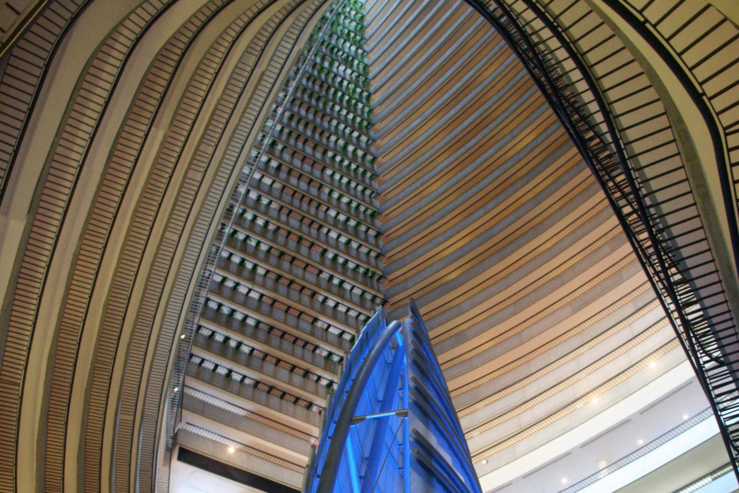 10 famous movie locations you can actually visit marriott marquis atlanta 4
