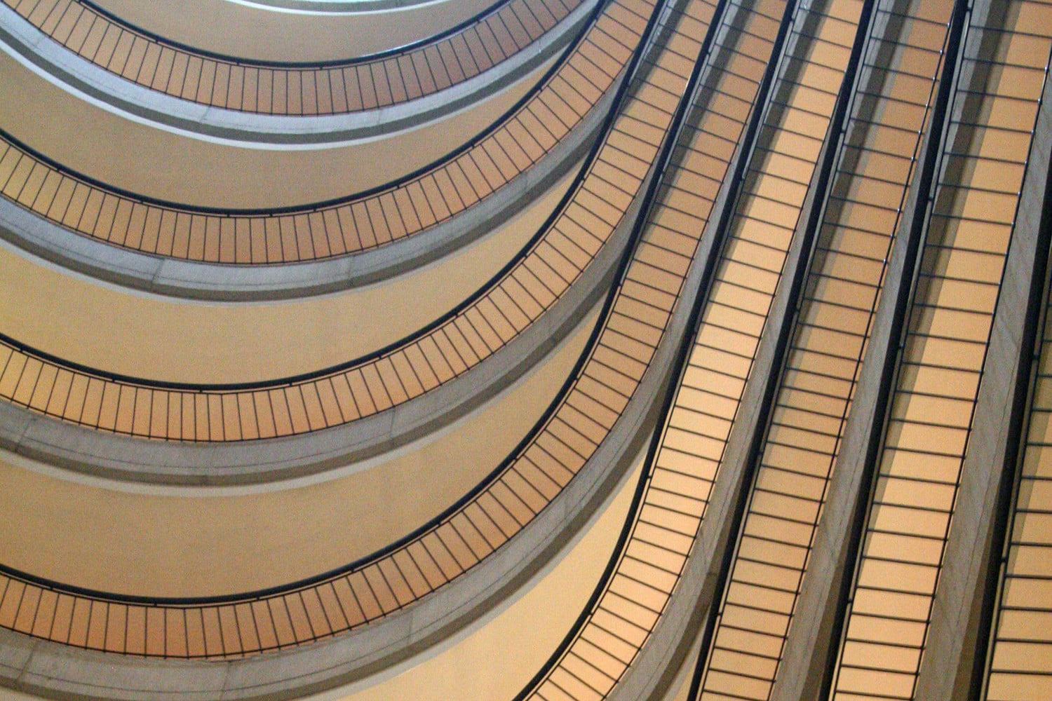 10 famous movie locations you can actually visit marriott marquis atlanta 5