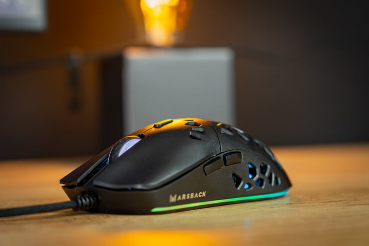 The Marsback Zephyr Pro's front profile with green RGB.