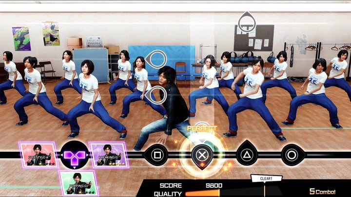 Nagami dances with high schoolers in Lost Judgment.