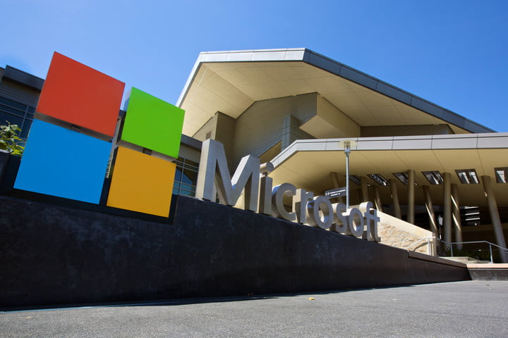 microsoft sues us government gag orders 2