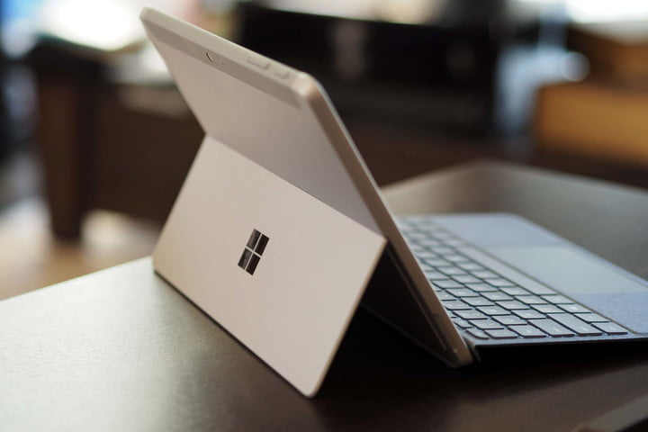 Microsoft Surface Go 3 stand.