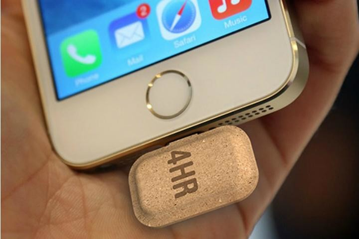 mini power recyclable battery for smartphones iphone