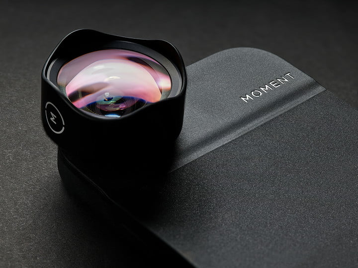 moment partners with apple to sell premium iphone lenses at retail shops 2