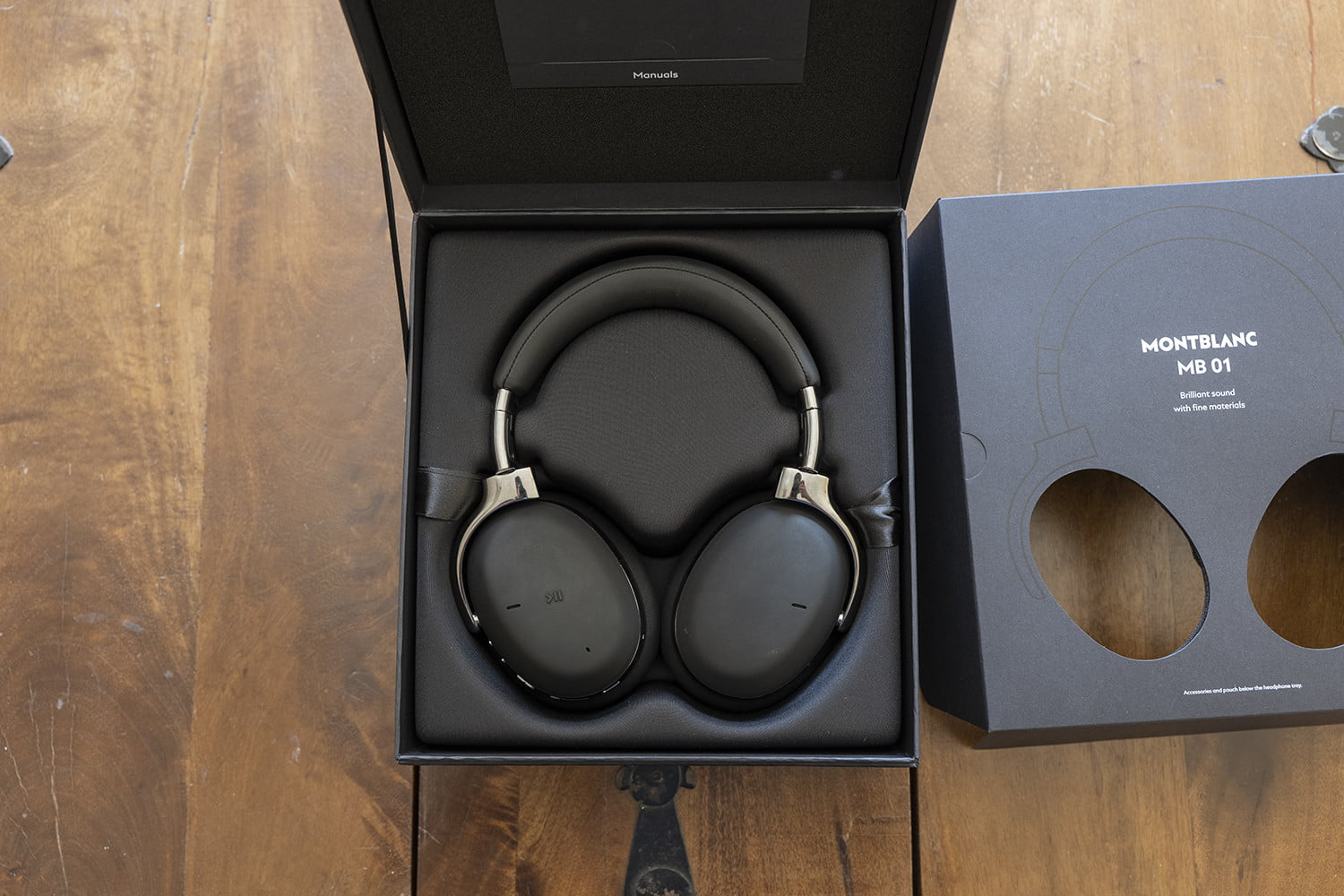 montblanc mb01 headphones review 4