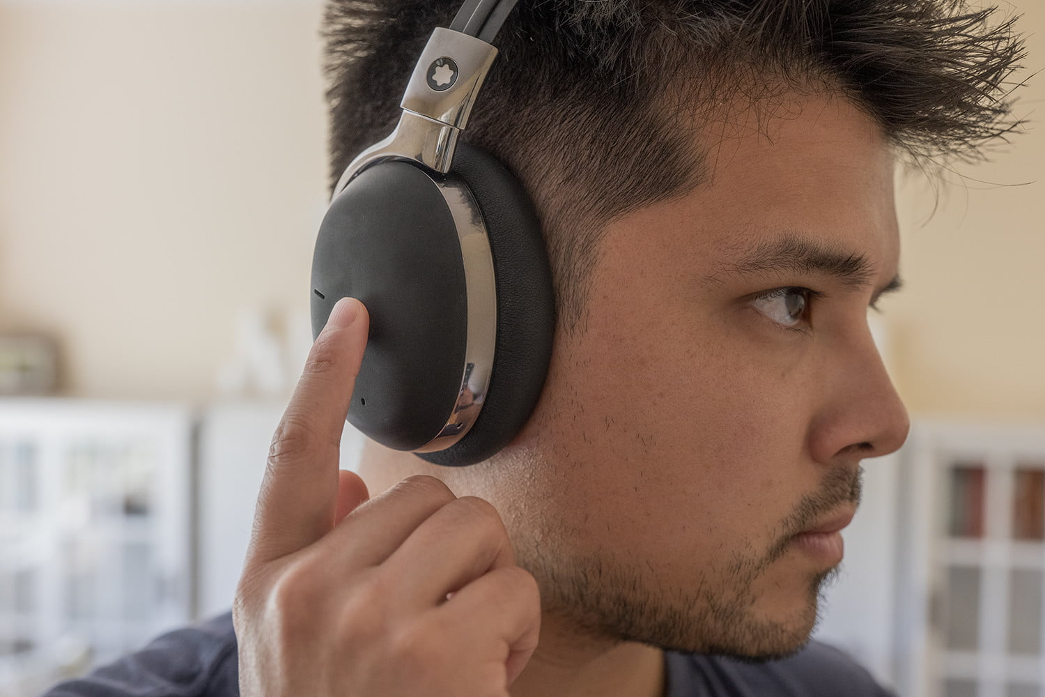 montblanc mb01 headphones review 7