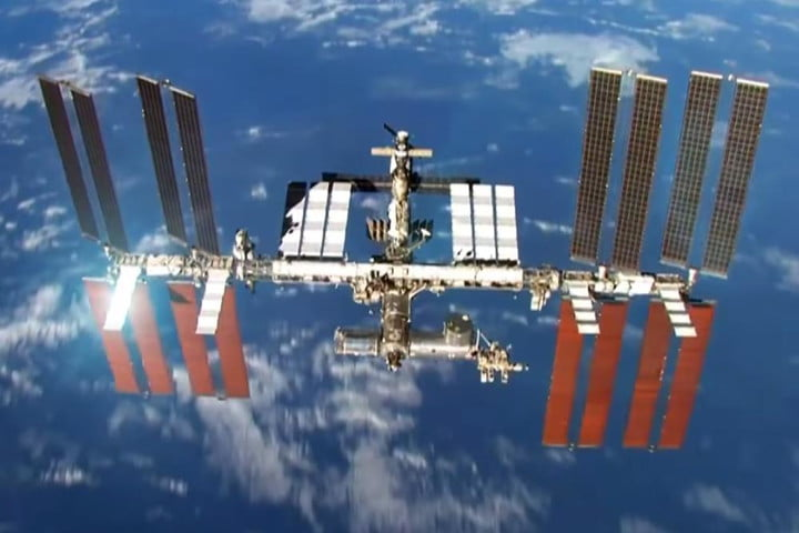 amateur radio operator calls space station and you can too nasa international