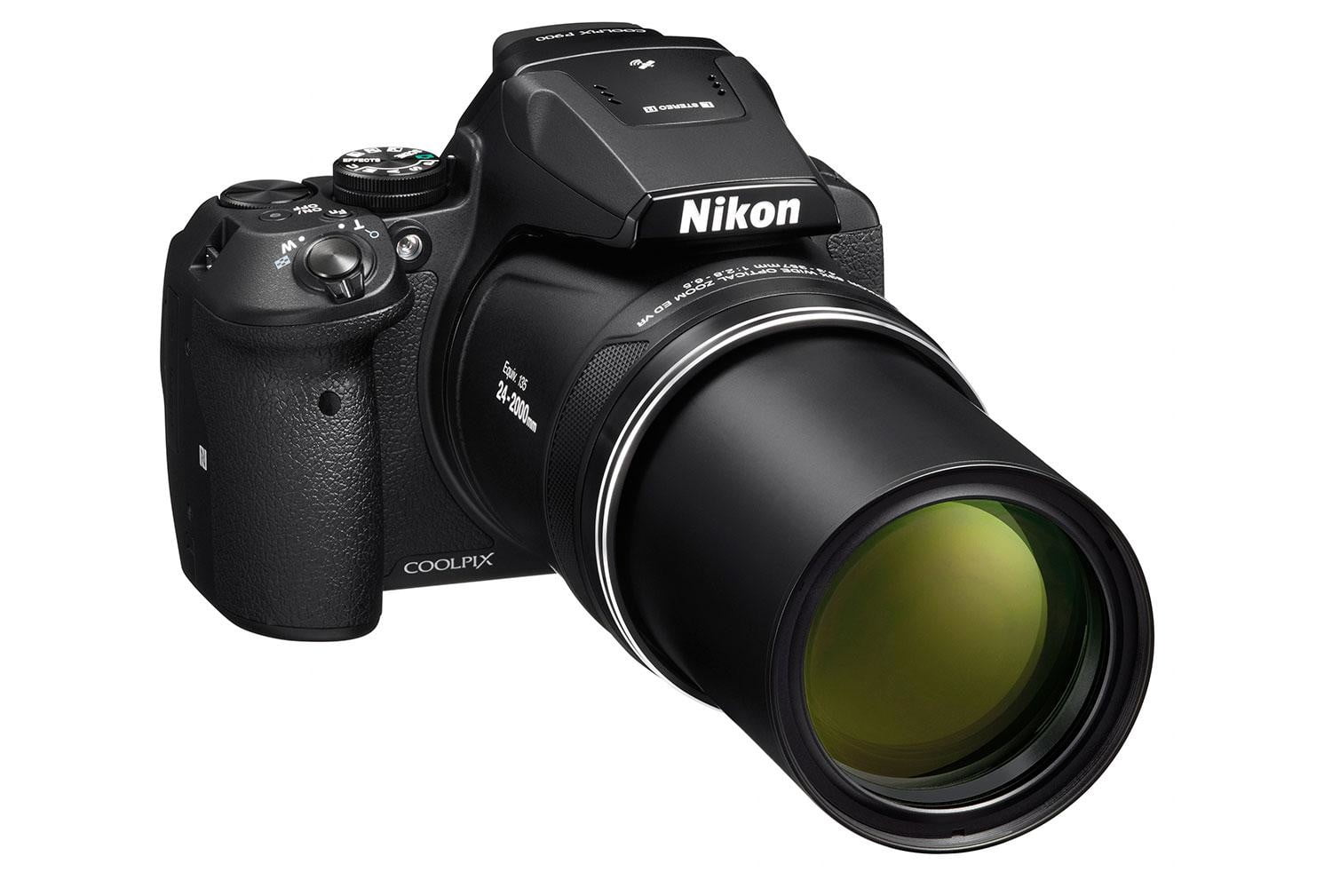 nikon gets all rear window coolpix p900 front34r lo t